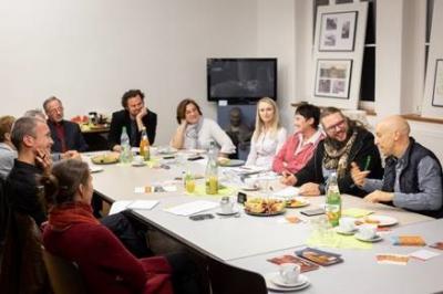 """Foto zur Meldung: Erzählsalons feiern """"Bergfest"""" / weitere fünf Termine bis Dezember"""