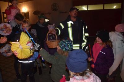 Vorschaubild zur Meldung: Halloweenfeuer der Freiwilligen Feuerwehr Quitzow