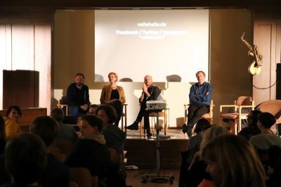 Martin Oetting, Maren Kling, Kai Schächtele  und Michael Bukowski im Gespräch mit den Gästen der Klimashow I Foto: Martin Ferch