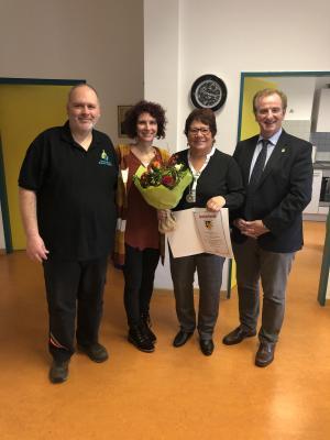 Foto zur Meldung: 25. Dienstjubiläum in der Grundschule Am Hochsteinchen in Rheinböllen