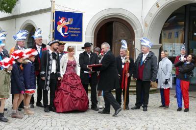 Symbolische Schlüsselübergabe an Prinzessin Katja und Prinz Maik, den 133.