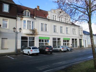 Foto zur Meldung: Gläserne Baumkuchenproduktion im Altdöberner Kaufhaus