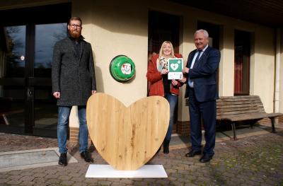 Foto zur Meldung: - Acht Lebensretter für die Gemeinde Hauneck