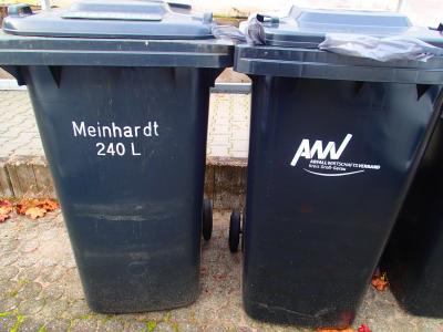 Foto zur Meldung: Austausch der alten Mülltonnen abgeschlossen - noch vorhandene alte Behälter können am Bauhof abgegeben werden