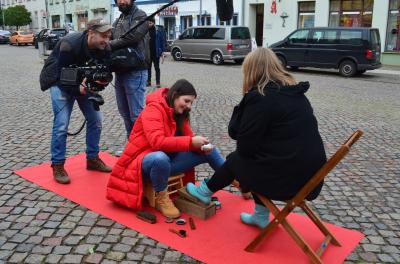 Stadt Perleberg | Schuhputzaktion des rbb
