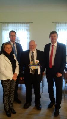 Foto zur Meldung: Ruhlands Amtsdirektor feierlich in den Ruhestand verabschiedet