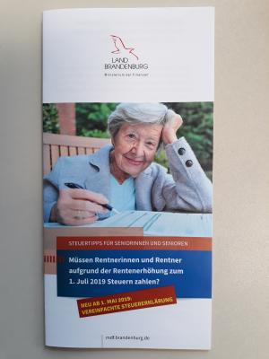 Steuern und Rente - Flyer Deckblatt