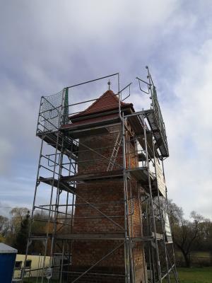 Vorschaubild zur Meldung: Das Dach ist fertig