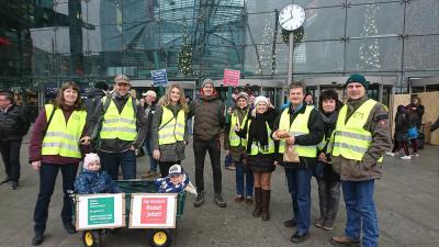 Foto zur Meldung: Berlin in Bauernhand - Bauerndemonstrationen am Brandenburger Tor