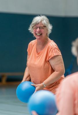 Foto zur Meldung: Sport bei Knie- und Hüftbeschwerden