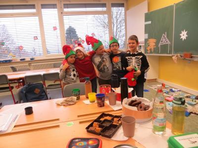 Vorschaubild zur Meldung: Adventsprojekttag in Naturparkschule Niederhof