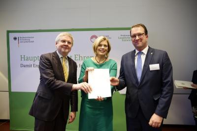 """Foto zur Meldung: """"Hauptamt stärkt Ehrenamt"""" – Bundesministerium startet Modellprojekt zur Stärkung des Ehrenamtes / OSL ist dabei – als einer von 18 Landkreisen deutschlandweit"""