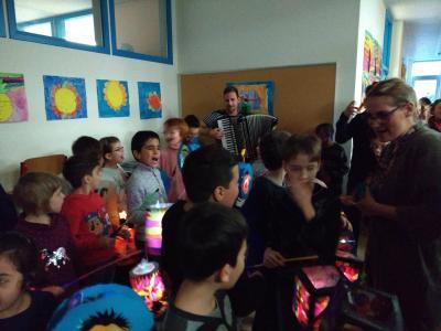 Foto zur Meldung: Sankt Martin in der Theodor-Andresen-Schule