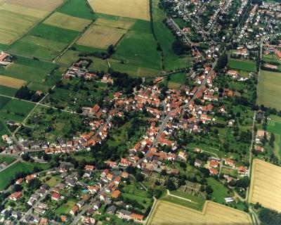 Holzhausen mit Blick in die Kasseler Straße und die Weidestraße 2007