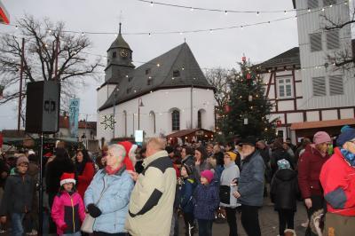 Vorschaubild zur Meldung: 25 Jahre Weihnachtsmarkt Waldsolms