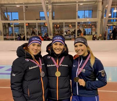 Victoria Stirnemann (re), Bronze hinter Robin Groot und Merel Conijn. Foto: FB/Victoria Stirnemann