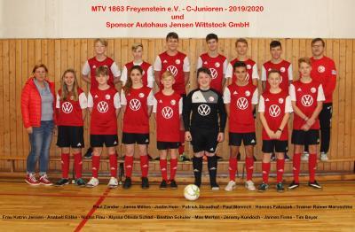 Foto zur Meldung: Sponsoring für C-Junioren des MTV 1863 Freyenstein e.V.