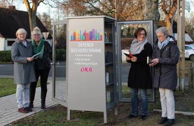 Foto zur Meldung: Bücherschrank auf dem Amtsparkplatz