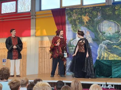Foto zur Meldung: JO! Junge Oper zu Besuch in der Grundschule Am See