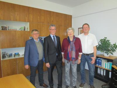 v. l. n. r. Stellv. Samtgemeindebürgermeister Detlef Pilzecker, Samtgemeindebürgermeister Rüdiger Fricke, Ratsmitglied Petra Wiedemann, stellv. Samtgemeindebürgermeister Thorsten Fricke.