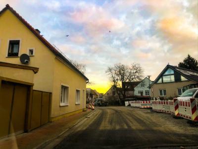 Foto zur Meldung: Neue Zufahrt zum Lehniner Rathaus