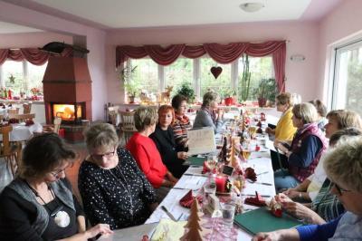 Foto zur Meldung: Weihnachtsfeier der Senioren-Gymnastik-Sportgruppe