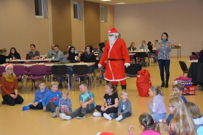 Vorschaubild zur Meldung: Kinder-Weihnachtsfeier Tanzmädels/Tischtennis