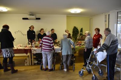Vorschaubild zur Meldung: Adventsbasar im Seniorenpflegezentrum in Wittenberge
