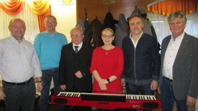 Foto zur Meldung: Senioren der Pfarrei treffen sich zur Adventsfeier