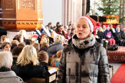stimmte mit ein: Schulleiterin Kerstin Schulz I Foto: Martin Ferch