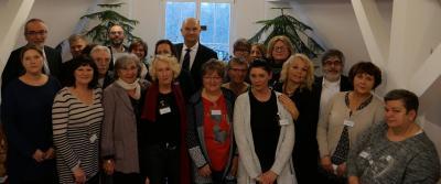 Foto zu Meldung: Ministerpräsident Dietmar Woidke besucht Hospiz in Lehnin