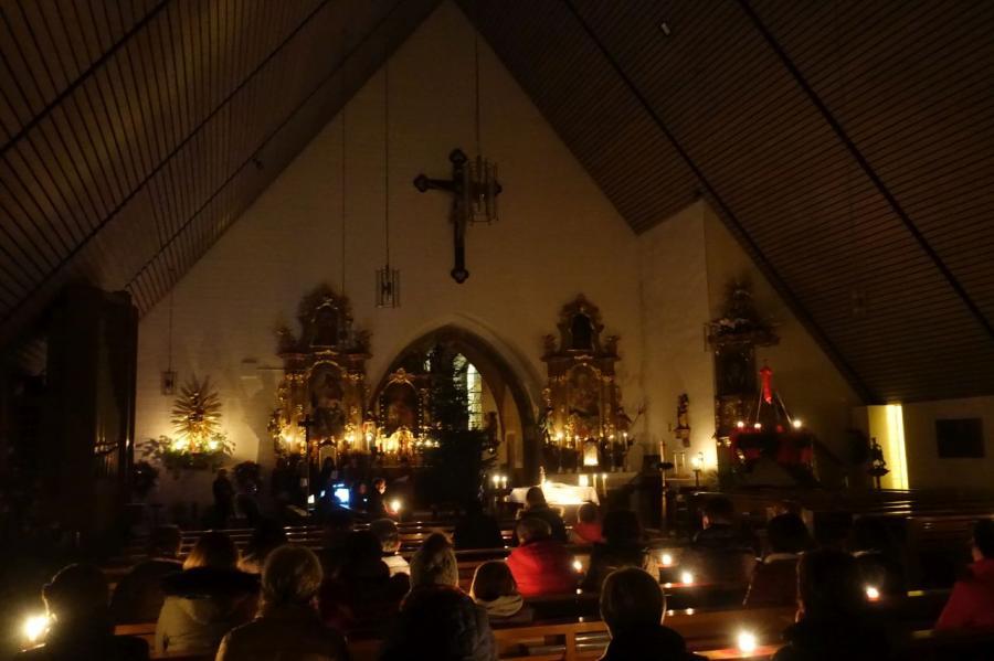 Bild der Meldung: Bei der Nacht der Lichter besinnliche Momente im Kerzenschein