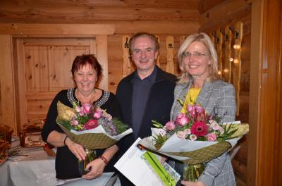 Foto zur Meldung: Verdiente Mitarbeiter/innen der Verbandsgemeindeverwaltung verabschiedet