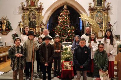 Foto zur Meldung: Weihnachten in unserer Pfarrgemeinde festlich gefeiert