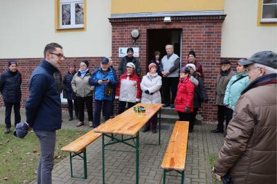 Begrüßung durch den Bürgermeister  Foto: Manfred Ahrens Ernsthof
