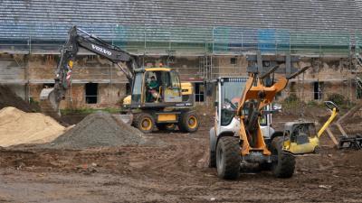 Foto zur Meldung: Aufwertung des Schlosses - Gutshof Altdöbern wird saniert
