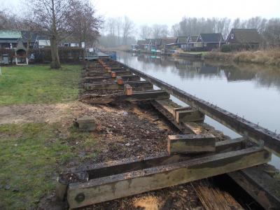Foto zur Meldung: Erneuerung der Steganlage auf dem Wasserwanderrastplatz Marlow