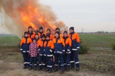 Vorschaubild zur Meldung: 240 Weihnachtsbäume gingen in Flammen auf