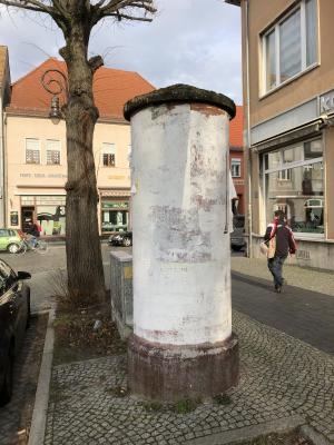 Vorschaubild zur Meldung: Betreiber für Litfaßsäulen-Werbung in Jüterbog gesucht