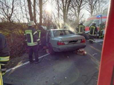 Vorschaubild zur Meldung: Verkehrsunfall mit mehreren Fahrzeugen
