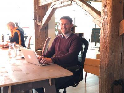 Stephan Michelis arbeitet seit kurzem im Coworking Space in Wittenberge I Foto: Christian Fenske