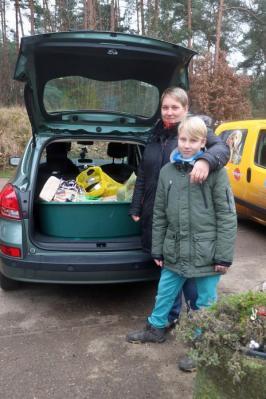 Vorschaubild zur Meldung: Auto voller Spenden