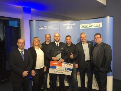 von links: Dieter Geisler GNZ, Johanna Langer (Physio), Andreas Bretthauer, Rado Mollenhauer, Bernd Pretsch, Bürgermeister Andreas Weiher und Lars Kauer