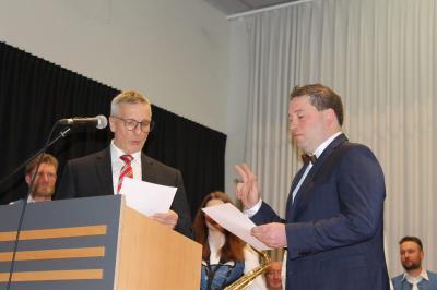 Vereidigung und Verpflichtung von Bürgermeister Dr. Hans-Peter Reck