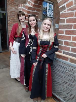 Vorschaubild zur Meldung: Die Kandidatinnen für die Burgfräuleinwahl in Neustadt-Glewe am 29. Februar stehen fest