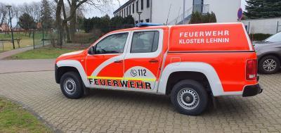 Vorschaubild zur Meldung: Neuer Kommandowagen wird Feuerwehr übergeben