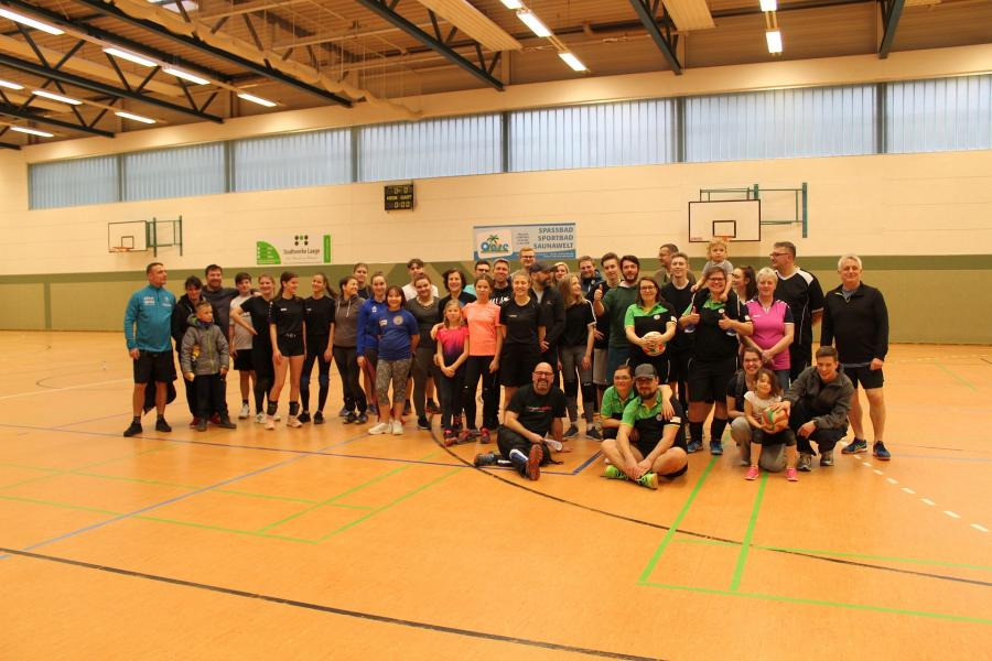 Bild der Meldung: Erstes Familien-Volleyball-Turnier der Volleyballer des SC Laage