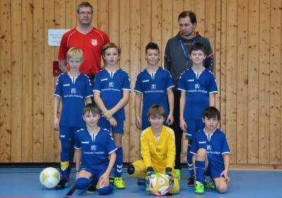 Auswahl der E2-Jugend mit Trainern Gerhard Geßler und Nikolaus Schultz
