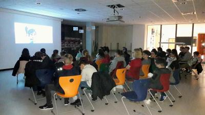 Bereits zum zweiten Mal fand an der Adam-von-Trott-Schule ein Kinoabend für Jugendliche der Stadt Sontra statt.