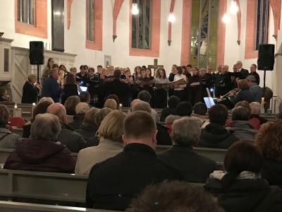 Am 08. Februar fand die abschließende Vesper in der Reihe der musikalischen Vespern zur Epiphaniaszeit in der gut gefüllten ev. Stadtkirche Sontra statt.